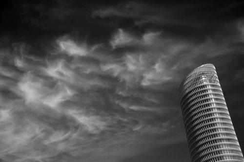 ID D17 2230 – Modern tower