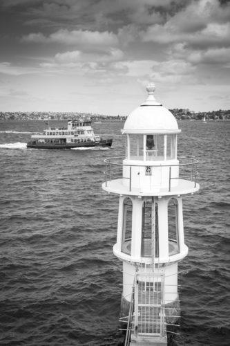 ID D17 2346 – Le phare veille