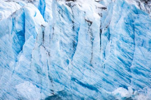 ID D17 2351 – Iceberg