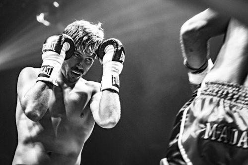 ID 2383 –Boxeur – le combat