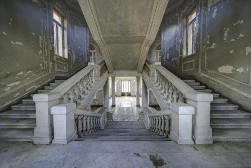 ID D17 2475 – Escalier Double