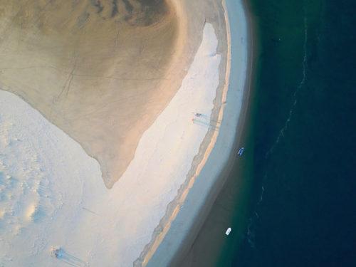 ID D18 1120 – Banc de sable, deux bateaux