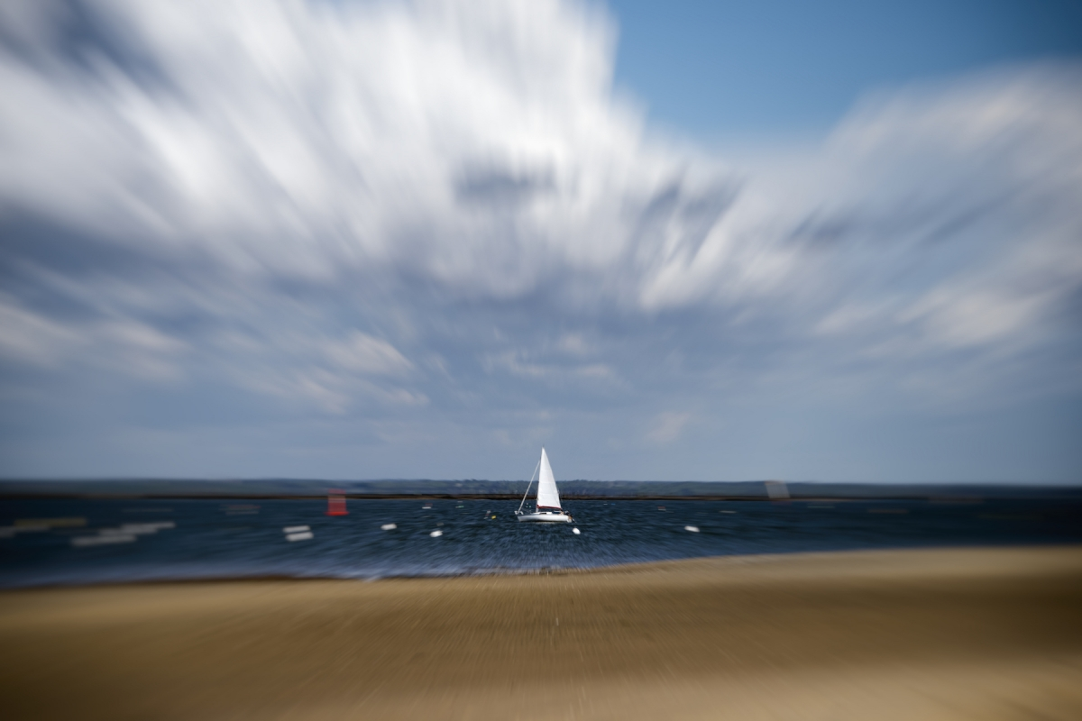 Frederic Ducos ID D17 2228 – Sailboat zoom